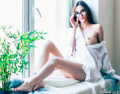 XTheBrunetteX, 21 – Live Adult cam-girls and Sex Chat on Livex-cams