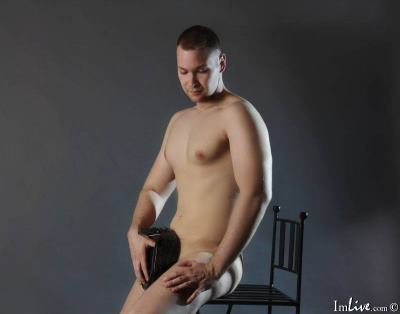 Alexanderr_69, 22 – Live Adult gay and Sex Chat on Livex-cams