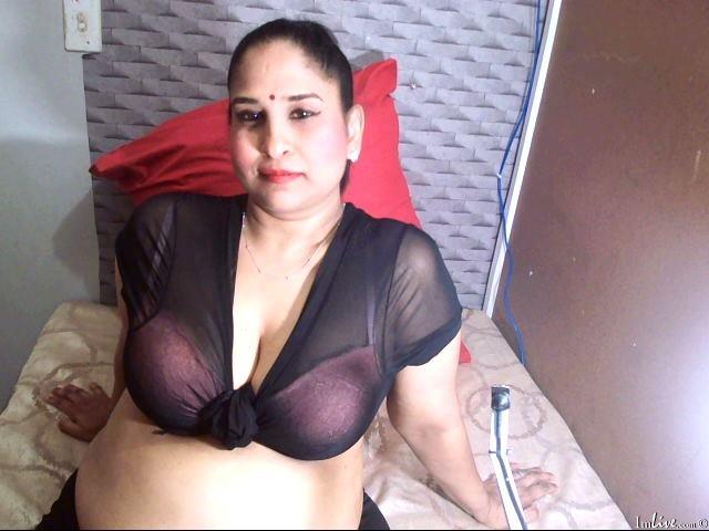 Indian_kushy at ImLive