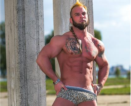 Guy Alone (Gay) - viking_me